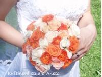 Svatební kytice mix růží...