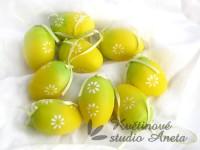Vajíčko žluto zelené...