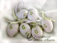 Vajíčko 4cm bílé + zelené tečky...
