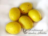 Křepelčí vajíčko velké žluté...