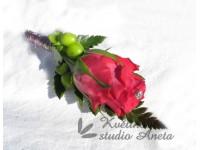 Korsáž fuchsiová růže...