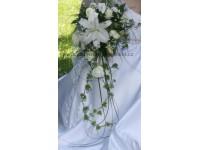 Svatební kytice Martina z lilií...