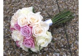 Svatební kytice - Keano - z krémových a růžových růží, s delšími stonky...1290,-