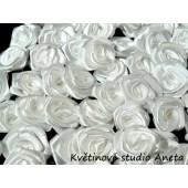 Látková růžička 13mm bílá