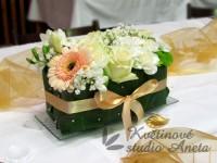 Svatební aranžmá na stůl zlaté...