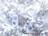 Vývazky, svatební mašlička trojitá bílá+stříbrná...