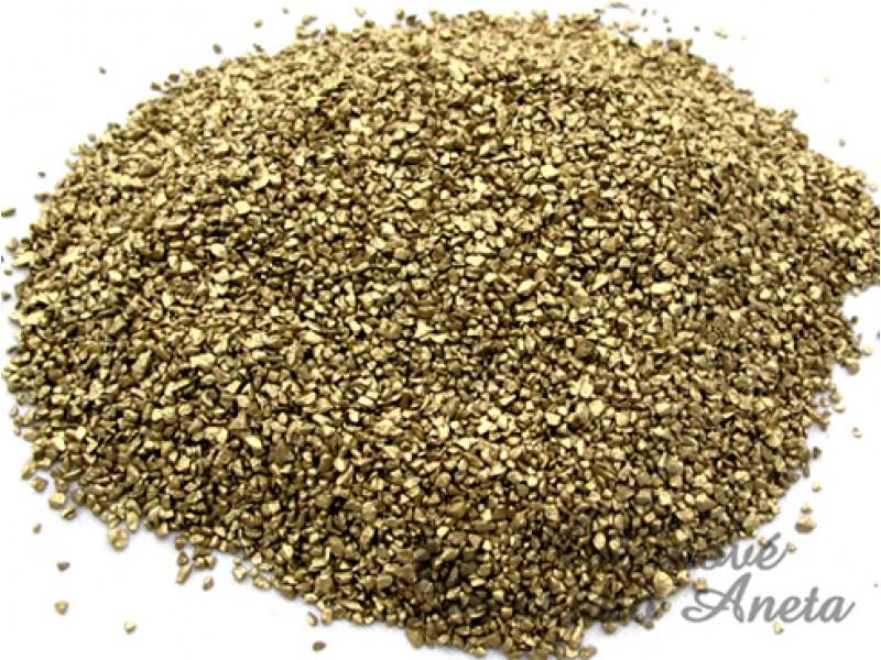 Kamínky drť jemná zlatá 450g