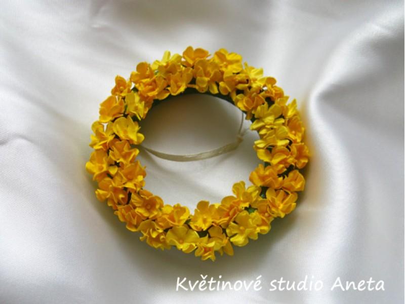 Věneček s kvítky žlutý