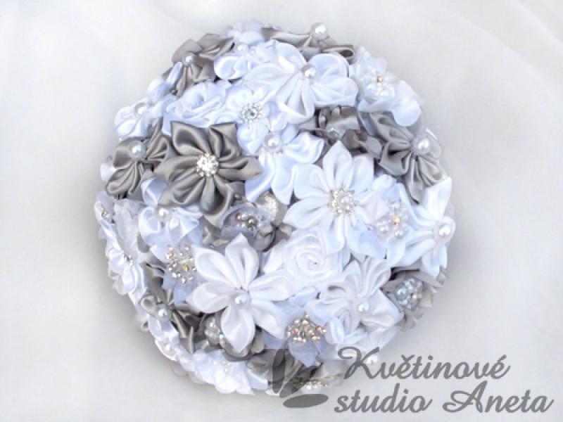 Saténový svatební set šedo stříbrný