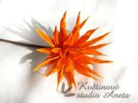Květ lepený oranžová jiřina...