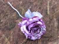 Třpytivá růže fialovo růžová...