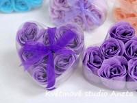 Mýdlová poupátka růží fialová...