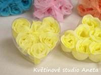 Mýdlová poupátka růží žlutá...