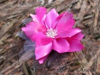 Fascinátor fuchsiová lilie...